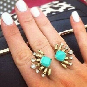 Stella and Dot Veda Ring. new in box